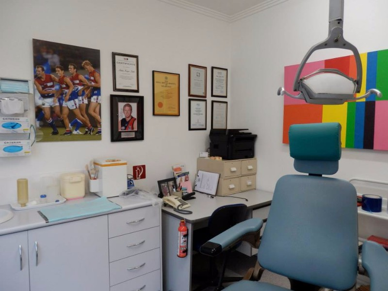 A-Supa-Smile-Dentist-Croydon-Surgery-Room