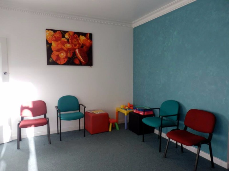 A-Supa-Smile-Dentist-Croydon-Waiting-Area-for-Patients